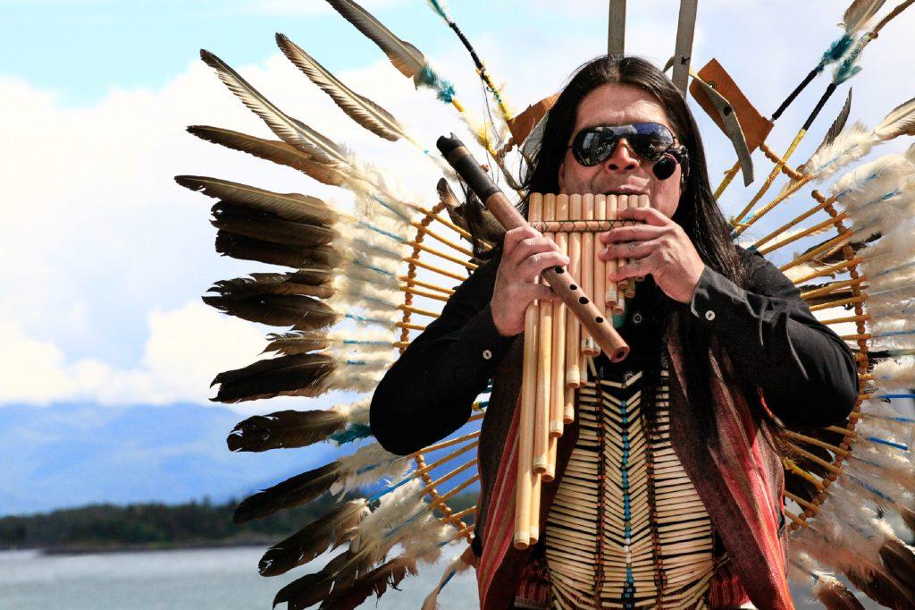 "Foto: © Abdelmuhaymin Abbas, ""Indianere musikk!"""