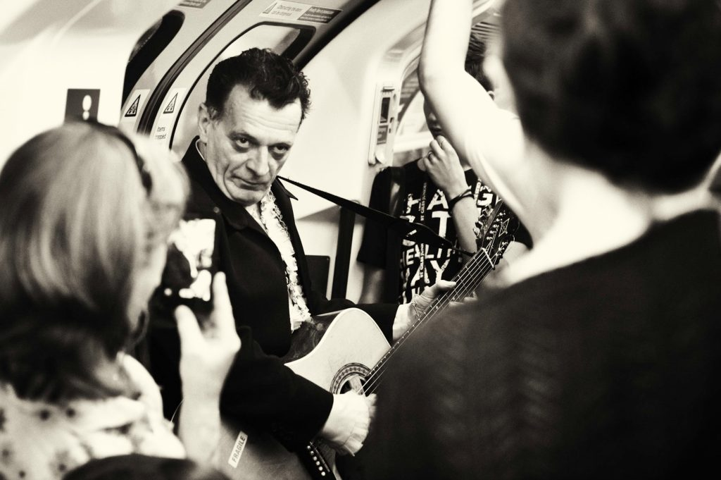 """Foto: © Leif Erling Aasan, """"The London Subway Entertainer"""""""