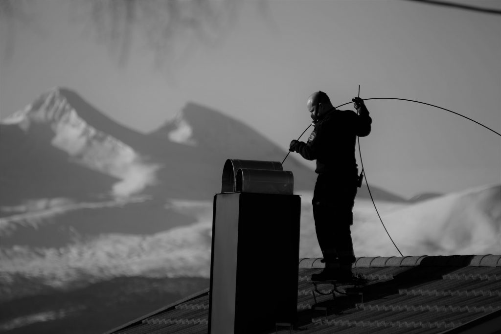 """Foto: © Kjell Herskedal, """"Svart arbeid, hvite drømmer"""""""