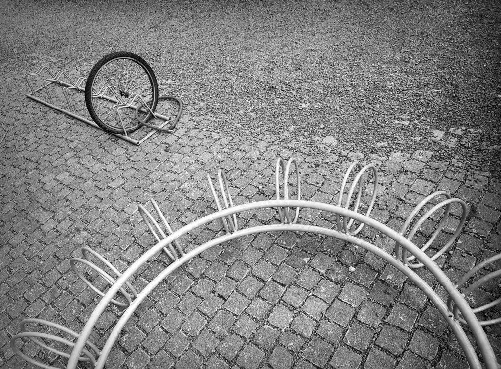 """Foto: © Belinda Renèe Dragset, """"Sykle i sirkler"""""""